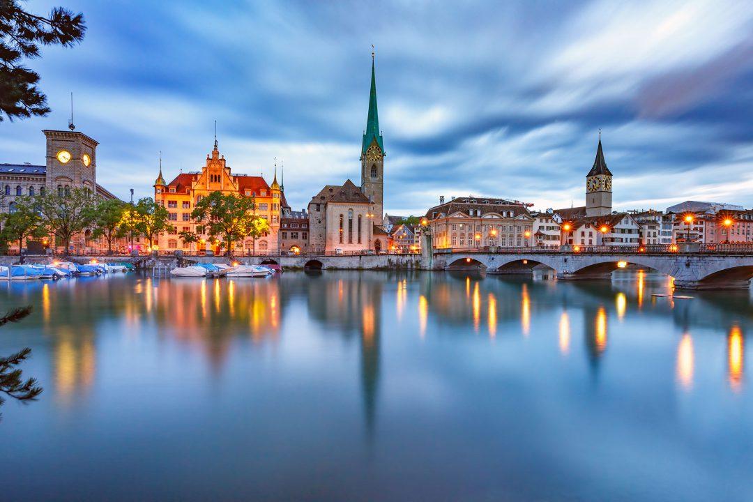 Švajcarska uvodi obavezan karantin za putnike iz Srbije