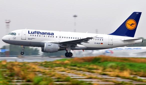 lufthansa-avion-sletanje