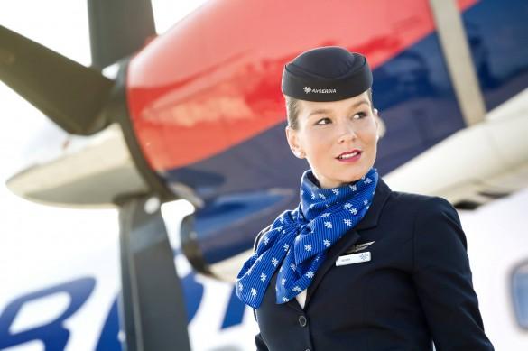 Stjuardesa avio kompanije Air Serbia