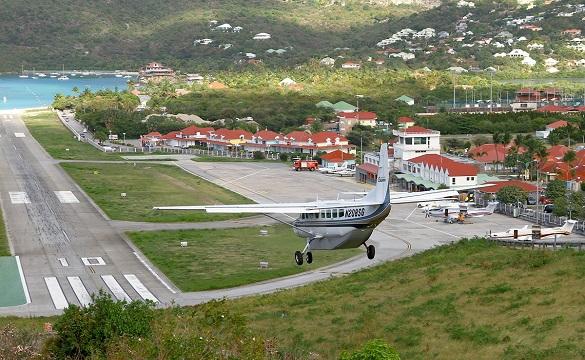 Gustaf III Airport, Saint Barthelemy