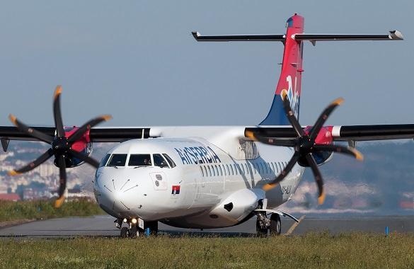 Air Serbia ATR72 avion