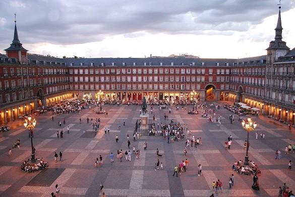 Friday Blog Najfotografisanija mesta na svetu Plaza Mayor