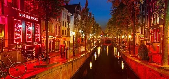 Venecija severne Evrope Amsterdam crvena cetvrt