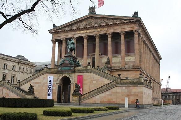 Berlin Grad neprestanih zurki i nezaustavljive kulture Kunst