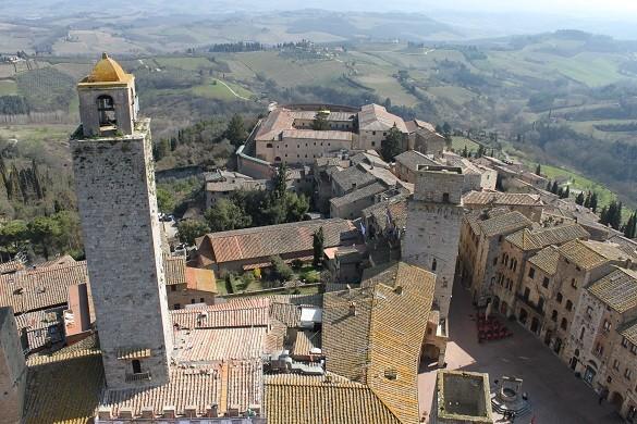 San Gimignano pruzite sebi Toskanu