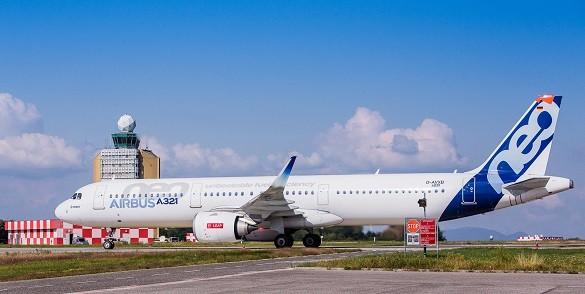Wizz Air avion Airbus A321neo