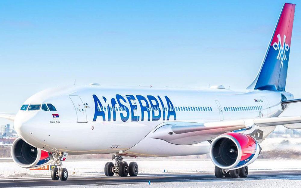 Air Serbia uvodi prodaju hrane i pica tokom leta
