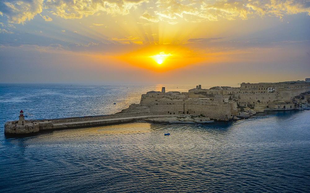 Avio karte Beograd Malta