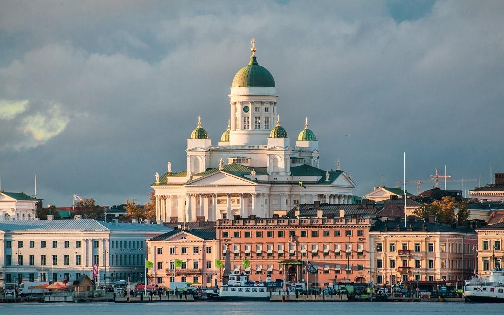 Avio karte Tivat Helsinki