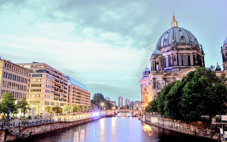 Avio Karta Berlin.Avio Karte Budimpesta Berlin Play Travel