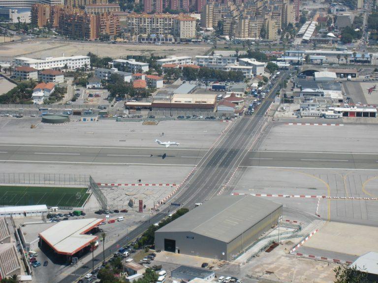 Friday Blog - Neverovatni svetski aerodromi