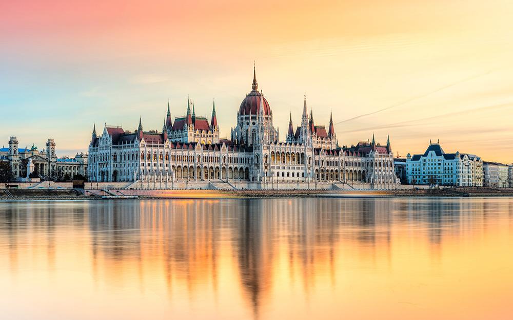 LOT - Direktno iz Beograda za Budimpeštu i ostatak sveta