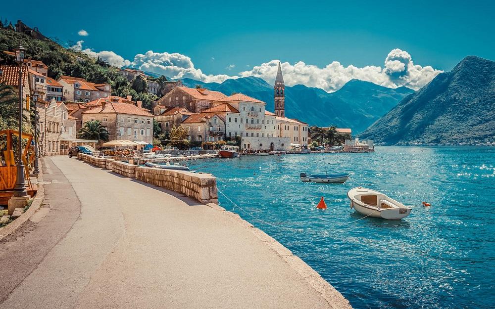 Montenegro Airlines - Specijalna porodična tarifa