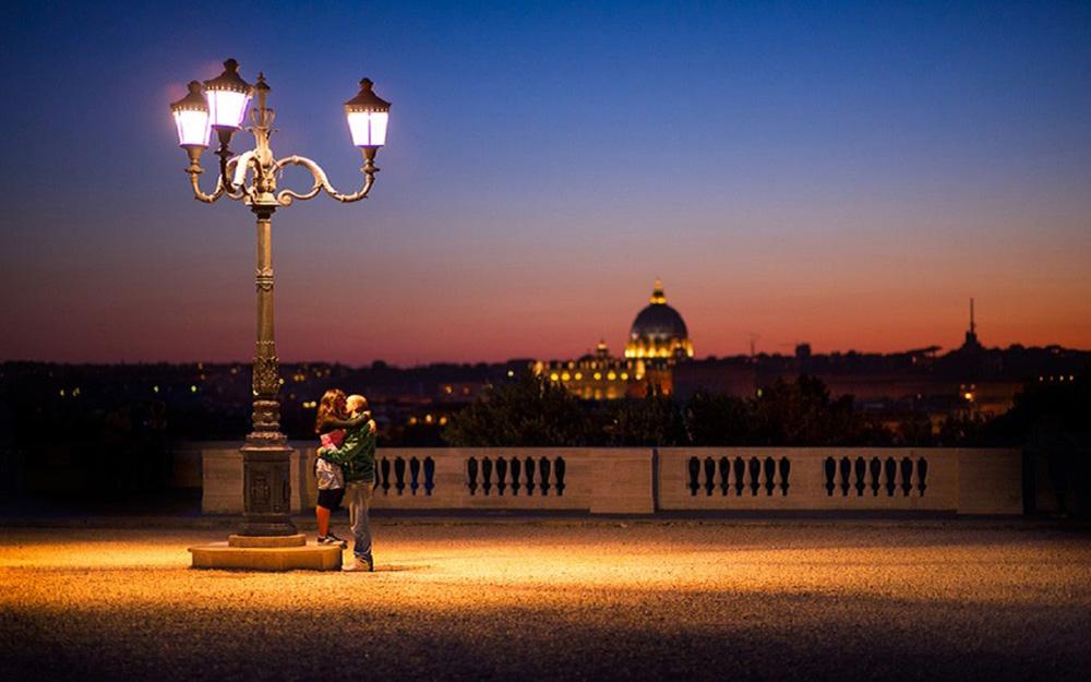 Nezaboravni poljubac u Rimu