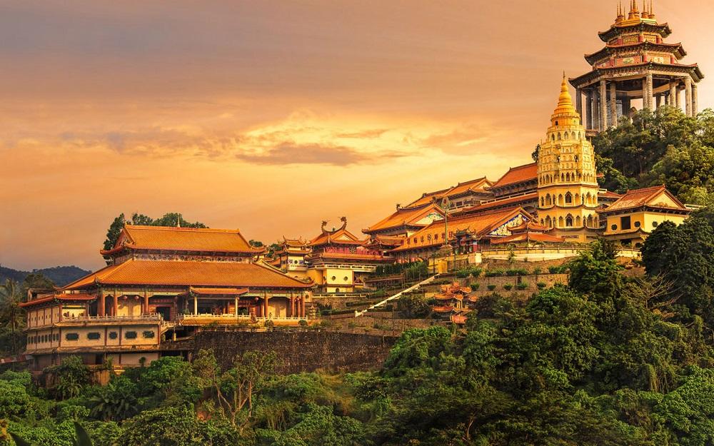 Qatar Airways - Promotivna akcija za Aziju i Australiju novembar 2017 Buddhist temple Kek Lok Si